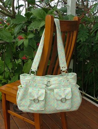 Olivia PDF handbag pattern by ChrisW Designs