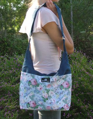 Snazzy Slouch PDF handbag pattern by ChrisW Designs