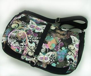 Savannah - PDF messenger bag pattern by ChrisW Designs