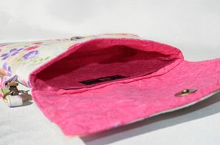 Interior of The Kiss Clutch by ChrisW Designs
