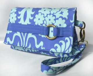The Kiss Clutch by ChrisW Designs in Amy Butler fabrics