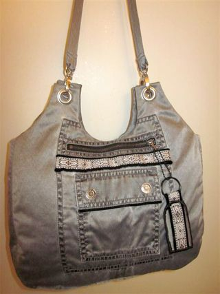 Back View of Lorraine's Bella - A ChrisW Designs PDF handbag pattern