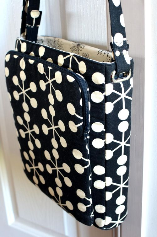 ChrisW Designs advanced sewing pattern for a cross the body bag