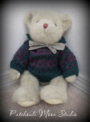 Knit Teddy Bear Sweater by Daryl Perry!