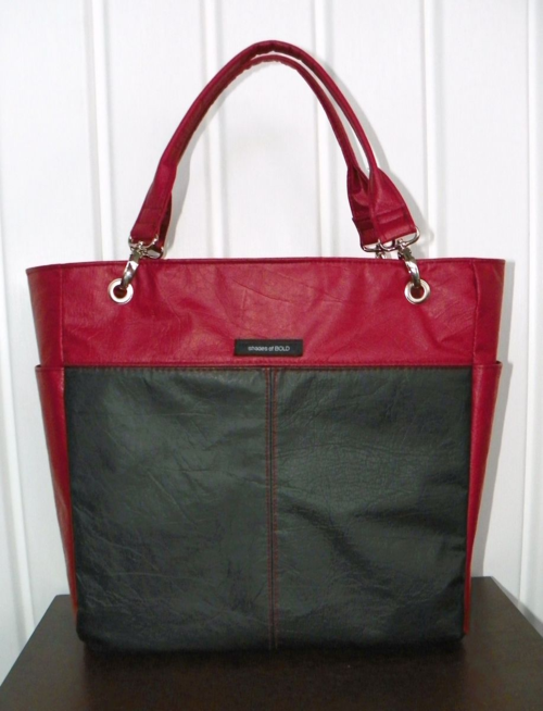 Marilyn's Uptown Girl Bag - Exterior
