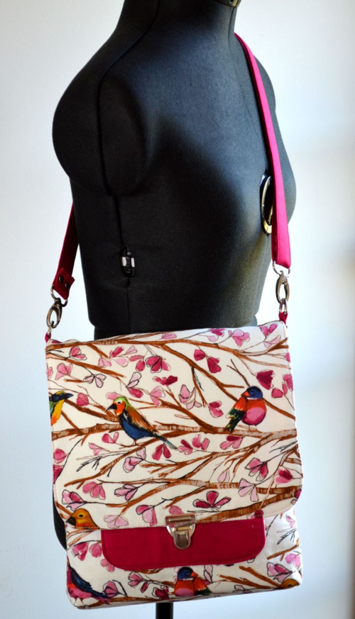 Samantha's March Bag of the Month Club bag - Wear it accross the body!