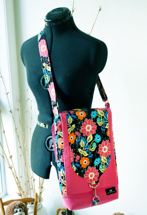 Laptop Bag in Jungle Ave Fabrics!