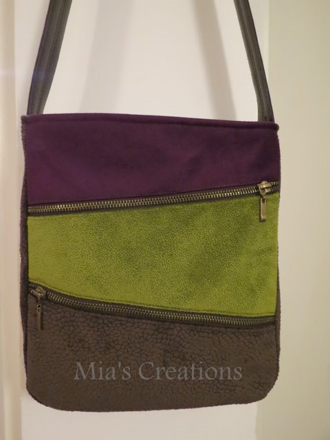 1st bag made with my new Zoje - By Maria of Mia Creates