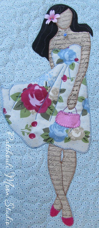 Applique Women Quilt